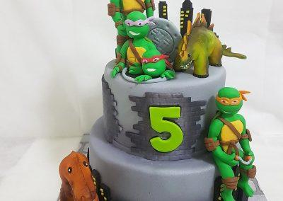 עוגת צבי הנינג'ה ודינוזאורים