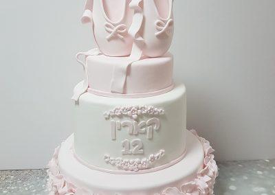 עוגת בלט2 קומות
