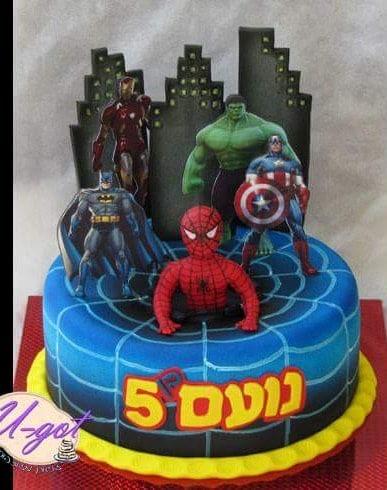 עוגת ספיידרמן גיבורים דף אכיל