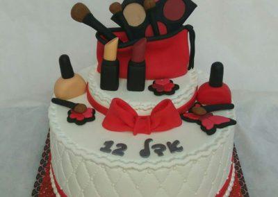 עוגת איפור