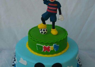 עוגת מיקי מאוס וכדורגל