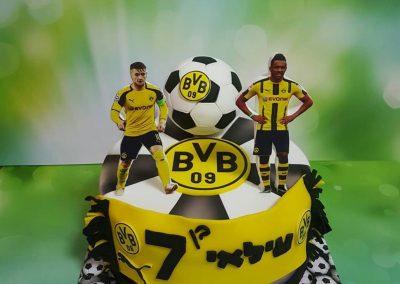 עוגת כדורגל דורטמונד