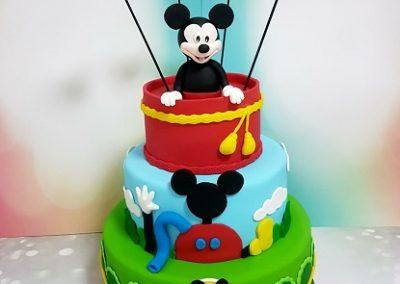 עוגת מיקי מאוס קומות