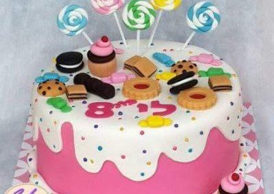 עוגת ממתקים ועוגיות