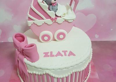 עוגת תינוק ועגלה
