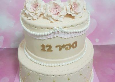 עוגת קומות וורדים