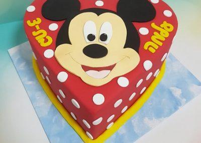 עוגת לב מיקי מאוס
