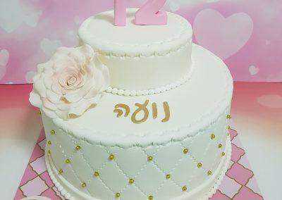 עוגה אלגנטית לבת מצווה