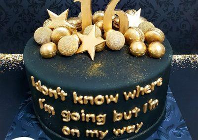 עוגת שחור זהב