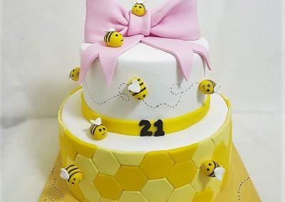עוגת דבורים חמודות