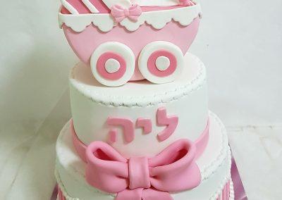 עוגת קומות לתינוקת