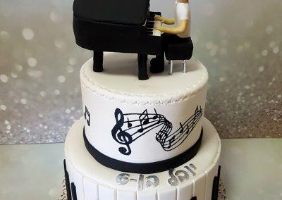 עוגת פסנתר
