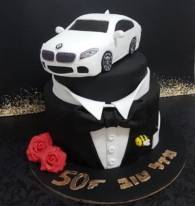 עוגת ג'יימס בונד עם מכונית BMW