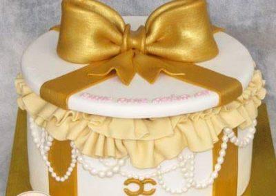 עוגת מתנה זהב
