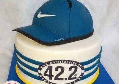 עוגת כובע נייק