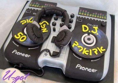 עוגת די ג'יי