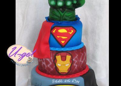 עוגת גיבורים קומות