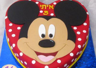 עוגת מיקי מאוס לב