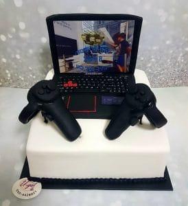 עוגת מחשב גיימרים